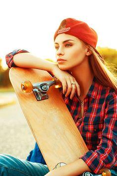 Gazing #ebay #zegun #skater #BabesOnBoards #skaterchick #skatergirl #sk8 #longboard #skateboard #skateboarding #skateplank