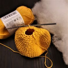 Maria A: Ohje: Virkattu mustekala Octopus Crochet Pattern, Crochet Patterns, Baby Staff, Knitted Hats, Crochet Hats, Beanie, Embroidery, Knitting, Pom Poms