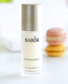 This BABOR Intensifier Illuminating Serum is suitable to all skin types. It promotes natural exfoliation of skin´s surface. Julia from @Desbelleschoses appreciates the rosy and fresh look through the refining effect of this uncomplicated product! #Babor #skincare #selfcare #cosmetics #ampoules #nomakeupnoproblem #baborlove #beauty #skinperfection