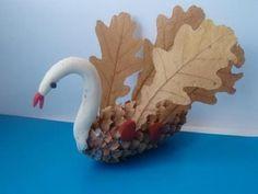 Осенние поделки из шишек для детского сада с фото