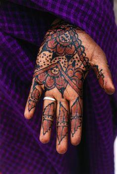 Africa | Henna hand tattoos, Djibouti | ©Frances Linzee Gordon/Lonely Planet Photographer