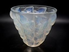 René Lalique Opalescent blue stained Glass Moissac vase