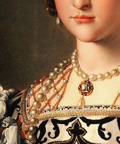 ♔Agnolo Bronzino - Eleonora da Toledo and Her Son, detail Mode Renaissance, Renaissance Jewelry, Renaissance Fashion, Italian Renaissance, Renaissance Portraits, Renaissance Paintings, Art Ancien, Old Paintings, Classical Art