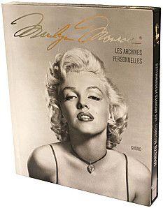 L'ouvrage nous propose de nous y (re)plonger, grâce à des photographies magnifiques de la star, mais aussi grâce à une vingtaine de fac-similés qui témoignent de ce qu'a été la vie de Marilyn.