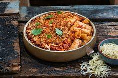 Παστίτσιο με πένες, γρήγορο και αλλιώτικο Cookbook Recipes, Pasta Recipes, Cooking Recipes, Food Categories, Mediterranean Recipes, Greek Recipes, Paella, Chili, Curry