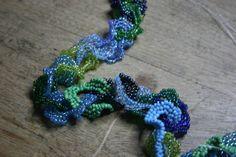 Posts about Oglala stitch written by beadnfun Ruffle Beading, Crochet Necklace, Stitch, Beads, Jewelry, Patterns, Handmade Bracelets, Beading, Block Prints