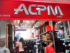 ACPM Jeans, es una marca fresca, con estilo y a la moda para Mujer y Hombre. Descúbrela aquí en el #GranSan Local 2410. Tel: 482 1912  #ColombianoCompraColombiano  #SoyCapaz de creer en mi país! Jeans, Broadway Shows, Feminine Fashion, Fashion Branding, Branding, Style, Women, Denim, Denim Pants
