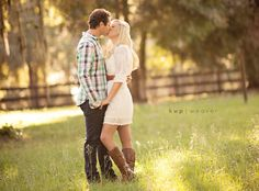 Kristin and Michael | Engaged � @Kristen - Storefront Life Weaver