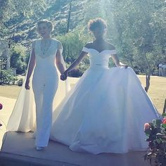 Samira Wiley and Lauren Morelli in Christian Siriano - click through for more of the best celebrity wedding dresses of 2017 Wedding Attire, Wedding Themes, Casual Wedding, Wedding Outfits, Wedding Cakes, Wedding Ideas, Celebrity Wedding Dresses, Celebrity Weddings, Samira Wiley Lauren Morelli