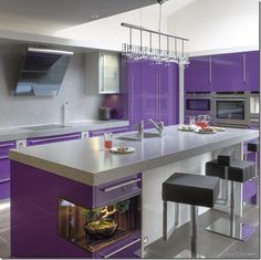Modern Kitchen Design Purple Cabinets Gray Marble Backsplash Plus Granite Countertops Island Black Leather Stools Ideas Extraordinary Modern Purple Kitchen Design Purple Kitchen Cabinets, Kitchen Wall Colors, Gloss Kitchen, White Cabinets, Classic Cabinets, Purple Kitchen Designs, Modern Kitchen Design, Purple Home Decor, Purple Interior