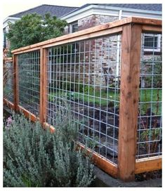 Front Yard Fence, Diy Fence, Fence Ideas, Garden Ideas, Pallet Fence, Fence Gates, Fence Art, Farm Fence, Front Porch