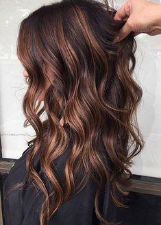 Cabello Color Chocolate, Chocolate Brown Hair Color, Hair Color Caramel, Brown Hair Colors, Chocolate Caramel Hair, Dark Caramel Hair, Caramel Brown, Brown Hair Balayage, Hair Highlights