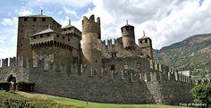 Risultati immagini per castelli medievali in italia