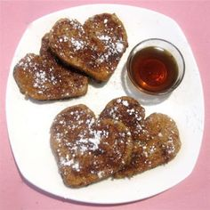 French toast heart is a treat to wake up to.Tasty and delicious.