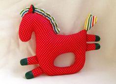 Соня Гвоздева лошадка-погремушка