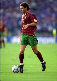 Rui Costa  | Contagem decrescente para a copa do mundo! God Of Football, Football Icon, World Football, Sport Football, Football Shirts, Real Soccer, Soccer Stars, Good Soccer Players, Best Football Players