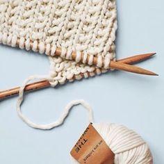 Cotton candy sweater Morgane Mathieu for We Are Knitters Knitting Kits, Knitting Stitches, Knitting Projects, Yarn Stash, Yarn Needle, Crochet Diy, Yarn Colors, Wool Yarn, Yarn Crafts
