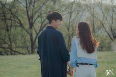 Korean Drama, Drama Korea, After School Routine, School Routines, School Snacks For Kids, Korean Tv Series, Korean Wedding Photography, Workout Pictures, School Programs