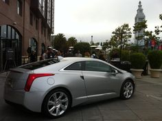 The #CadillacELR and Girls in Tech teamed up in San Francisco to celebrate making a splash... and doing it with style.‪