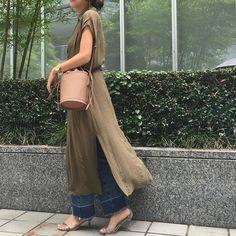 2016.7.16 バケツ型bagはIENAで50%OFF✨レザーなのも即買いポイント👆 * 今日はmamagirl撮影の後、 @hanadako_garden ファミリーとランチ🍴子供達もとても楽しそうでした😊 明日はプール🏊連休楽しみます💕