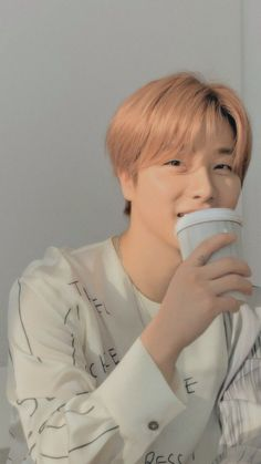 Kim Jinhwan, Chanwoo Ikon, Cute Asian Guys, Cute Guys, Ikon Leader, Ikon Debut, Ikon Wallpaper, Kpop Aesthetic, Yg Entertainment