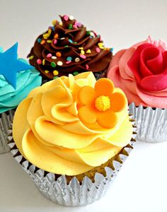 Beautiful cupcakes :)