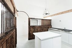 This Rundown Horse Stable Turned Contemporary Home Is Amazing | Airows