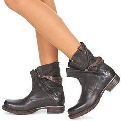 94 besten Shoe Love Bilder auf Pinterest   Boots, Clothes und Shoe boots a85ce0f7bd