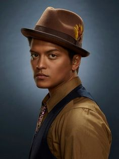 Bruno Mars has Jewish, Ukrainian, Puerto Rican, Spanish and Filipino ancestry.