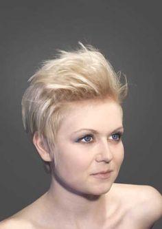 Ber ideen zu undercut frisuren damen auf pinterest - Bilder von molligen frauen ...