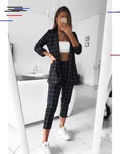 30 looks for who loves pants chess - Black and white joint, t ., # Outfits pantalon 30 looks for who loves pants chess - Black and white joint, t . Classy Outfits, Cool Outfits, Casual Outfits, Fashion Outfits, Winter Outfits, Sporty Fashion, Sporty Chic, Fashion Sets, Fashion Trends