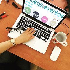 Tuesday evenings // Esta tarde de martes está siendo muy productiva!!  ✒️✏️ #ideassoneventos #work #trabajo #ideas #proyectos #blog #ilusión #esfuerzo #ganas #todoesfuerzotienesurecompensa #myblog #ideassoneventoswork #personalshopper #weddingplanner #eventplanner #working #workinggirl #photooftheday #picoftheday #job #myjob #instalife #instagood #instamoments #lovemyjob