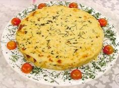 Receita de Torta de batatas e frango - torta. Para o molho branco (cobertura da torta): Derreta a manteiga.Acrescente a farinha de trigo, mexendo sempre e adicione o leite até...