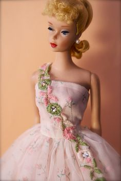 Vintage No.4 Ponytail Barbie - Blonde