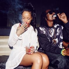 Snoop Dog & Rihanna  Check out MJ 360 on MOVIE AND MUSIC NETWORK.