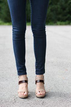 Sandalias de piel bicolor tacón ancho