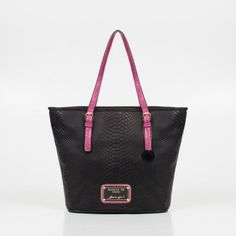 Un must ~ TOTE BAG 💞 Purses And Bags, Tote Bag, Fashion, Totes, Purses, Patterns, Accessories, Moda, Fashion Styles