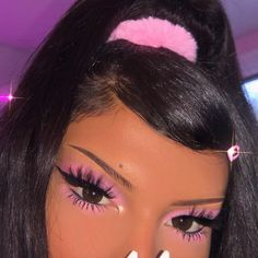 Makeup look, Pink makeup look, pink aesthetic Edgy Makeup, Baddie Makeup, Glam Makeup Look, Retro Makeup, Pink Makeup, Girls Makeup, Beauty Makeup, Hair Makeup, Cool Makeup Looks