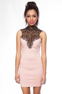 Tara Lace Dress in Peach