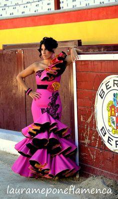 MI FLAMENCA TAURINA ISABEL One Shoulder, Shoulder Dress, Pattern Fashion, Peplum Dress, Formal Dresses, 3, Beauty, Ideas, Outfits