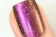 It's finally here! My Private Rainbow (X) is the holographic top coat all of you serious holo connoisseurs have been waiting for!  This top coat has just the right amount of super-vivid oversized holographic particles for an unbelievable scattered holographic finish.   Thanks to the extra surface area of the larger sized holographic particles in My Private Rainbow (X), it's much easier for them to catch the light and work their magic – all without washing out your base color!  Definitely a…
