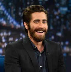 Jake Gyllenhaal snuggling up to the Romney camp??? Say wha?