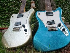 Squier Super-sonic in silver and blue sparkle.
