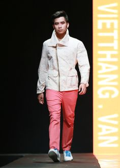 Vietnam Fashion Week FW14 - Ready to wear. Designer: Van Khoa - May Viet Thang. Photo: Thanh Dat