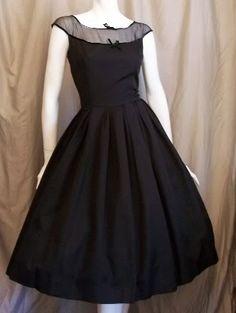 Vintage Johnathan Logan Dress. I want a pretty black, classy 1950's dress exactly like this! <3