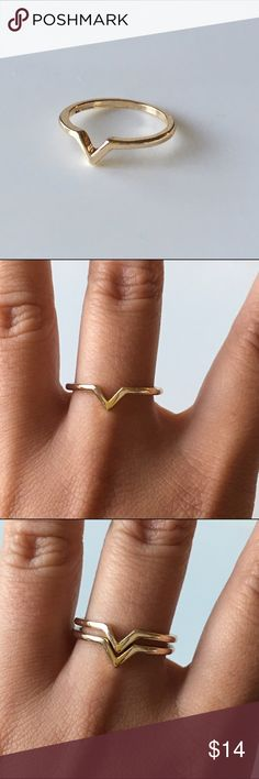 V shape ring in gold V shape ring size 7/7,5. NWOT will comes with duster. (This listing just for 1 ring) Jewelry Rings