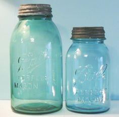 Ball Perfect Mason jars - summary, information, antique glass canning / fruit jars. Vintage Mason Jars, Small Mason Jars, Blue Mason Jars, Bottles And Jars, Glass Containers, Glass Bottles, Painted Jars, Ball Jars, Glass Company
