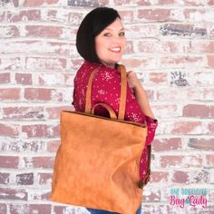 Thirty-One Gifts High Street Backpack perfect for everyday use. Carry your laptop or tablet with you in this stylish bag. #oneorganizedbaglady #thirtyonegifts #backpack