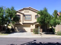 1822 E Milky Way$227,500 Single Family 4 Beds, 2 Baths, 1 Half Baths, 1,617 Sqr Ft, Gilbert85295 - Location location!! This is a beautiful 4 bedroom home