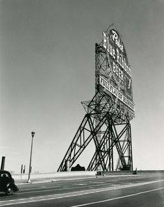 Walker Evans, Pabst Blue Ribbon Sign, Chicago, 1946.
